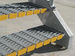 U-TRED-STAIR-TREAD-