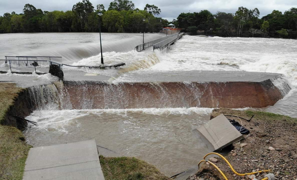 Townsville Alpins Weir (courtesy of Phil H-Townsville Flood Updates 2019-Facebook)